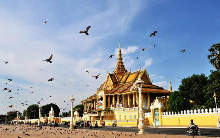 เดินทางรอบพนมเปญ ชมสถานที่ท่องเที่ยวมากมาย