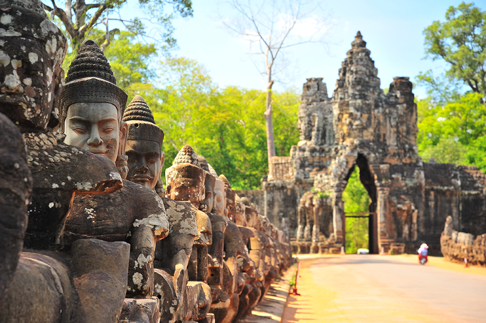 stone-gate-of-angkor-thom-in-cambodia