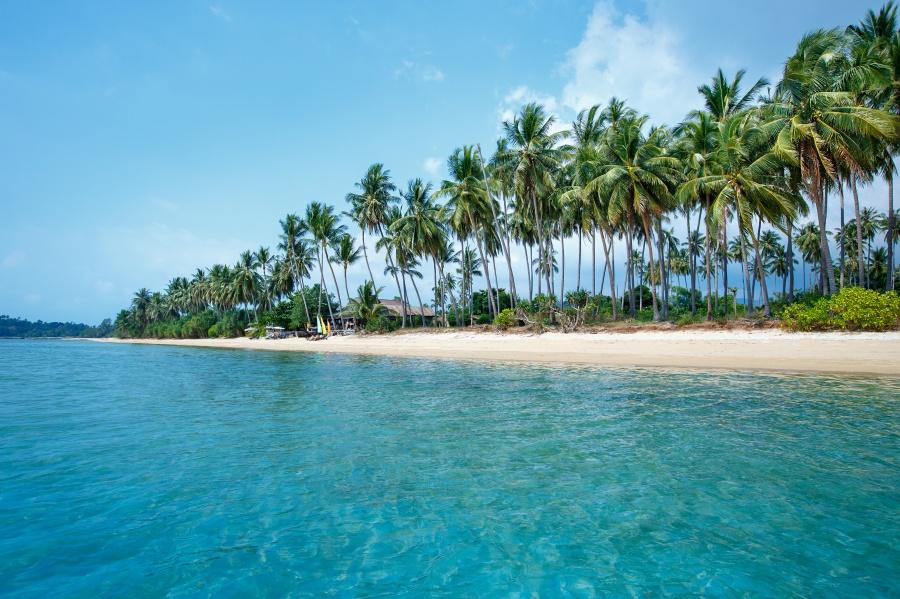หาดตลิ่งงาม เกาะสมุย